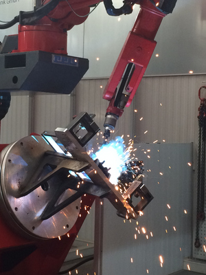 Robot welding: More efficiency for programming and equipment
