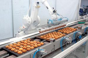 http://www.roboticsbusinessreview.com/images/article/food_robot.jpg